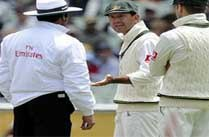 Ponting Arguing With Umpire