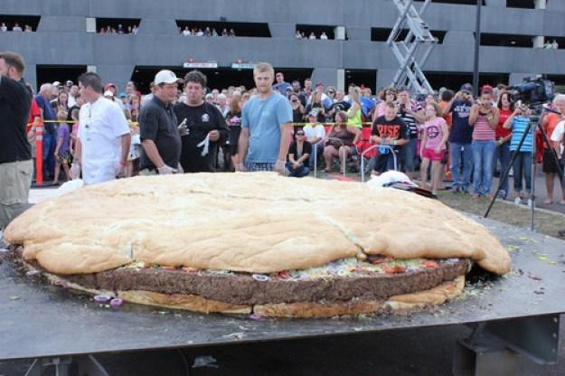 10 ton burger